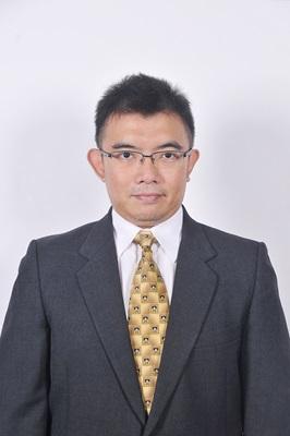 Professional Headshot of Hanggara Sukandar